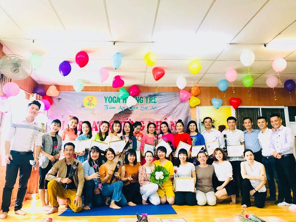 Lễ trao chứng nhận hoàn thành khóa đào tạo HLV Yoga