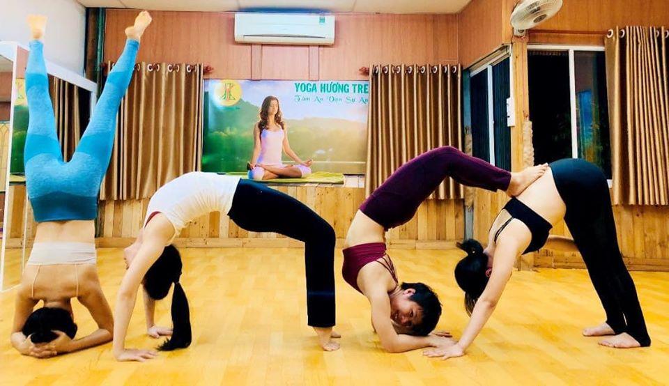 Chào mừng ngày quốc tế Yoga 21-6-2020