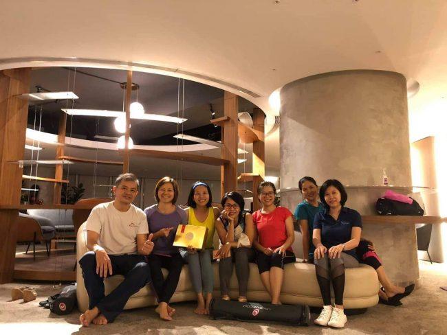 Chăm sóc sức khỏe cho nhân viên văn phòng – Yoga