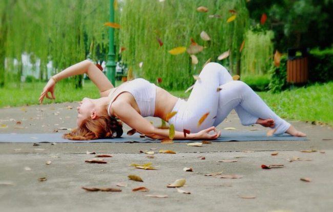 Nét đẹp Yoga – giữ gìn nét tươi trẻ cho phái đẹp
