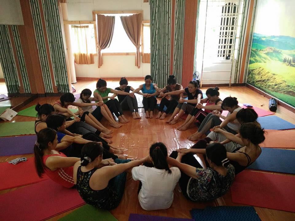 yoga-nhom-19